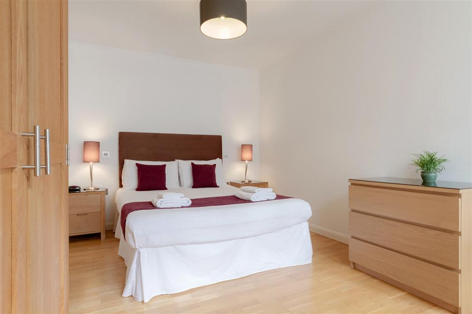 Groveland Court Apartments London City-Bedroom