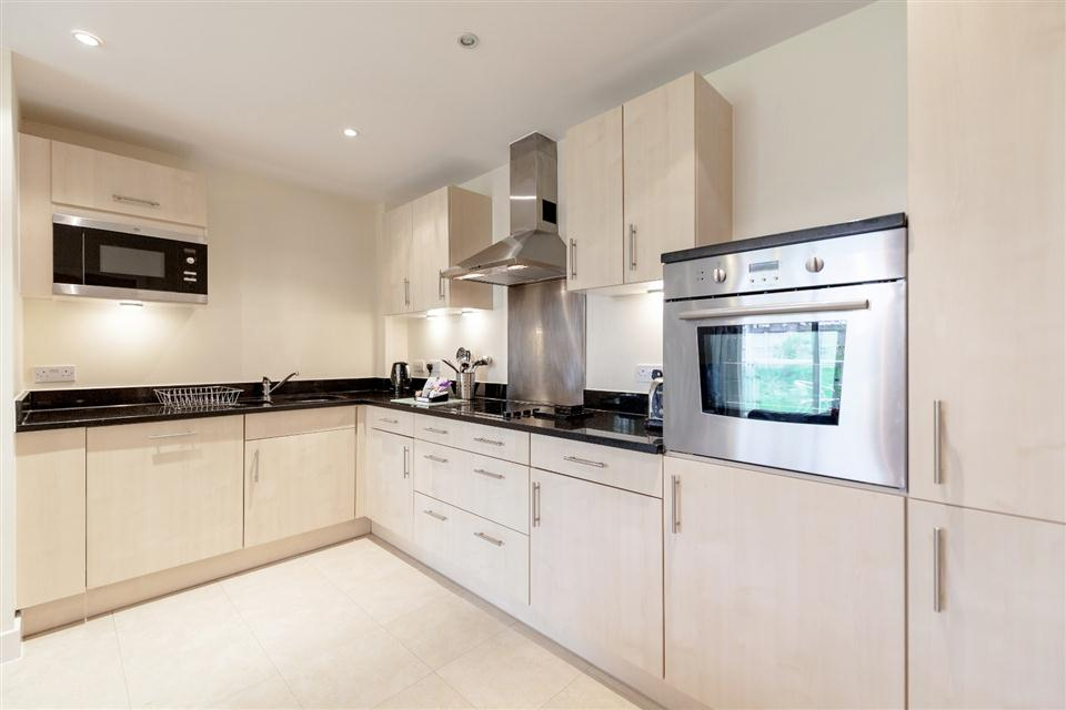 Hillview Apartments Dorking-Kitchen