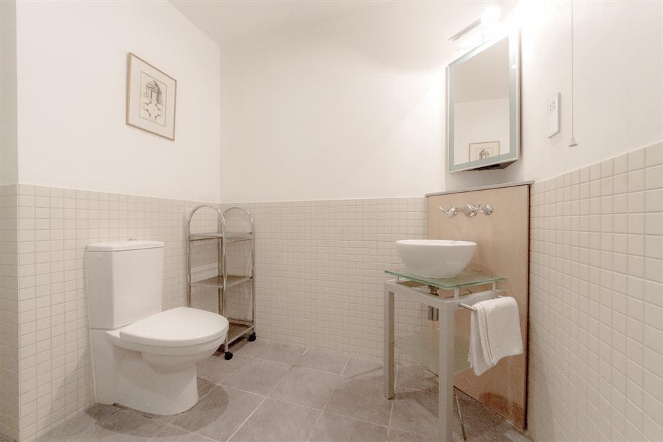Princes House Apartments Brighton-Bathroom