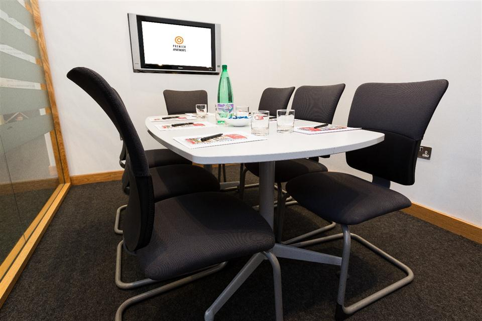 Premier Apartments Manchester Meeting Room
