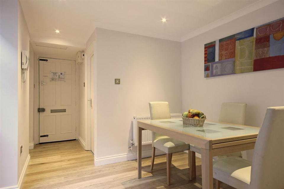 Hertford Street-Dining area