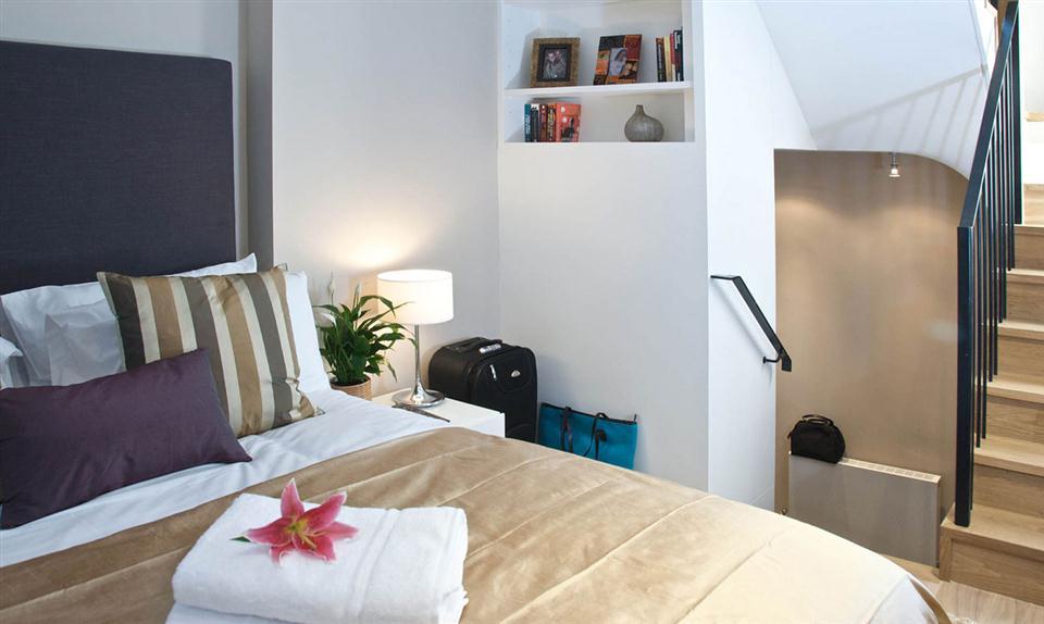 Blackfriars Bedroom