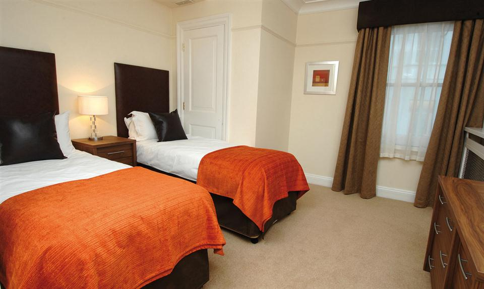 Prince Of Wales Twin Bedroom 2