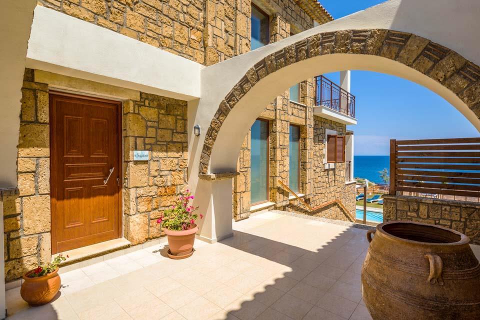 Villa Almyra