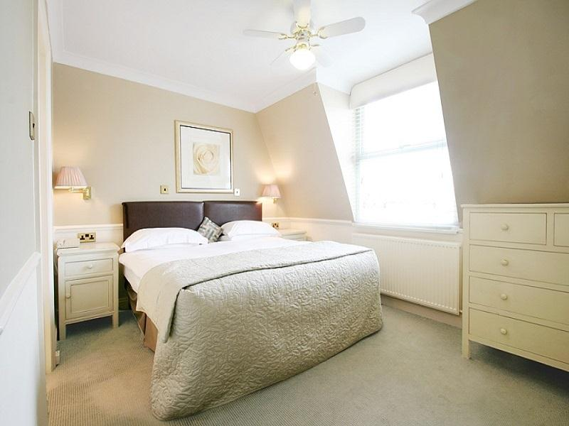 Collingham-Bedroom