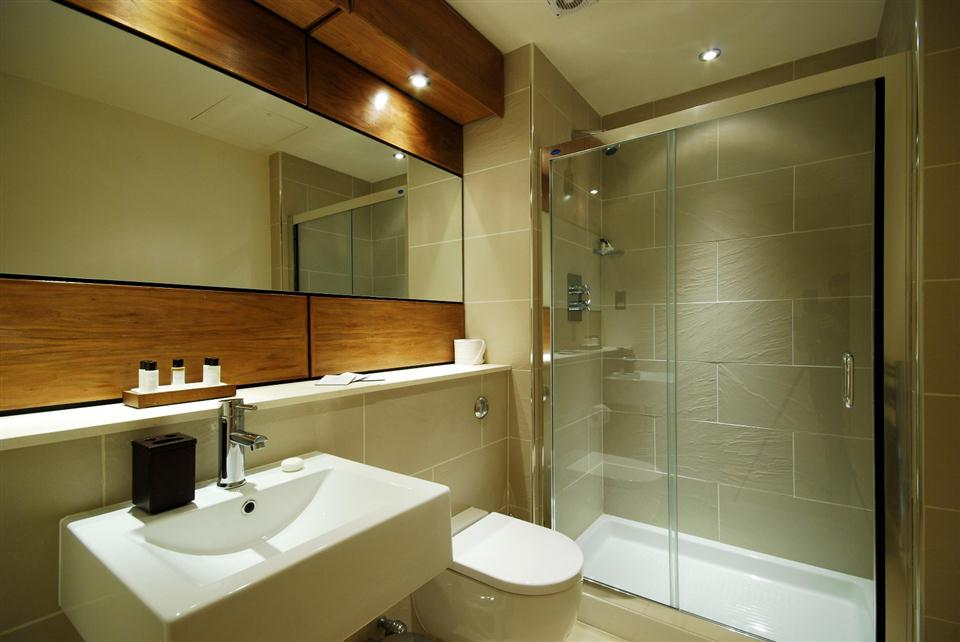 1 Harrington Gardens - Shower Room