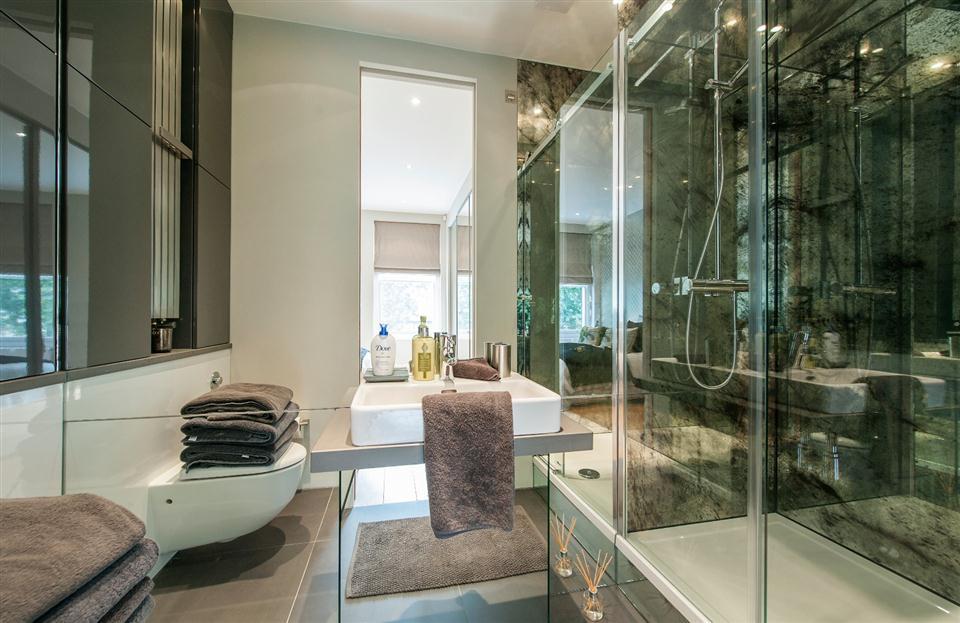 1 Southwell Gardens - Bathroom