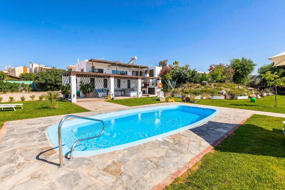 Afantou Beach Villa