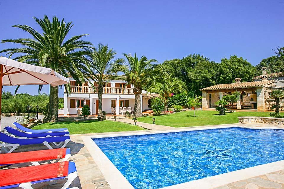 Villa Busqueroles