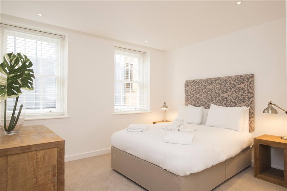 Monument Serviced Apartment Bedroom