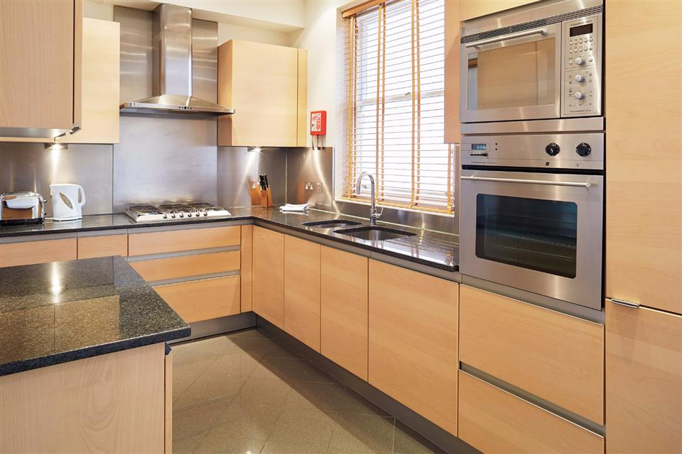 Tower Hill Serviced Apartment Kitchen