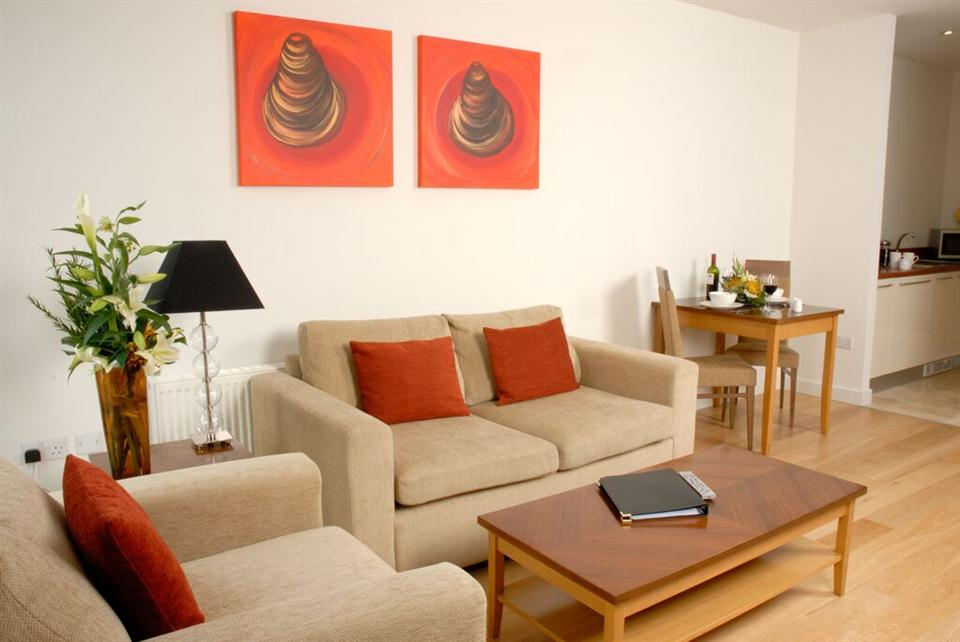 Premier Apartments Dublin Sandyford Living Area