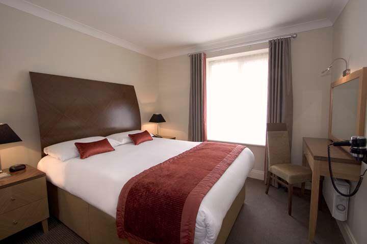 Premier Suites Dublin Leeson Street Bedroom