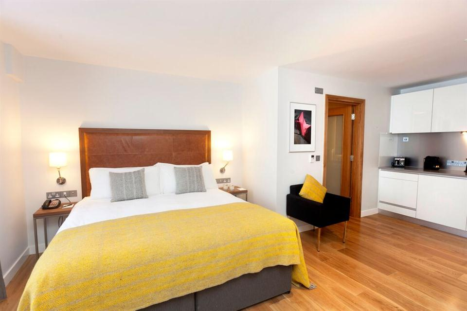 Premier Suites Dublin Ballsbridge Studio