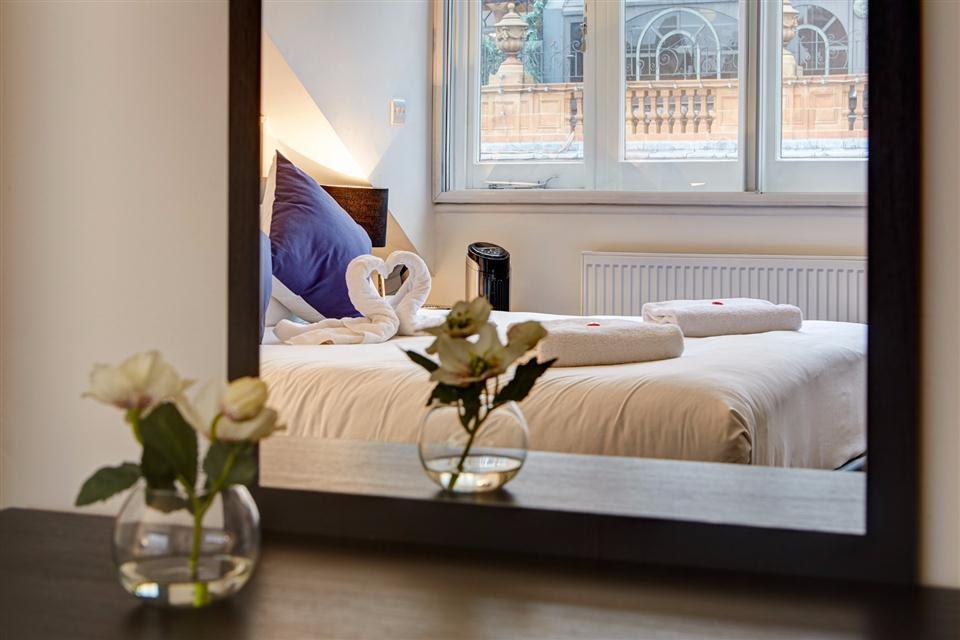 Knightsbridge Serviced Apartment Bedroom