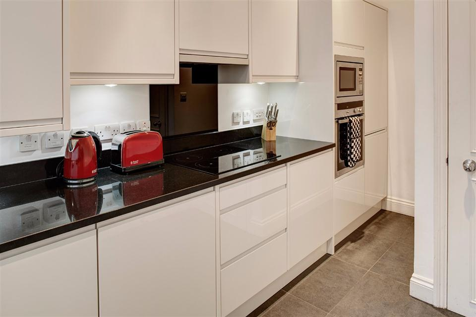 Knightsbridge Serviced Apartment Kitchen