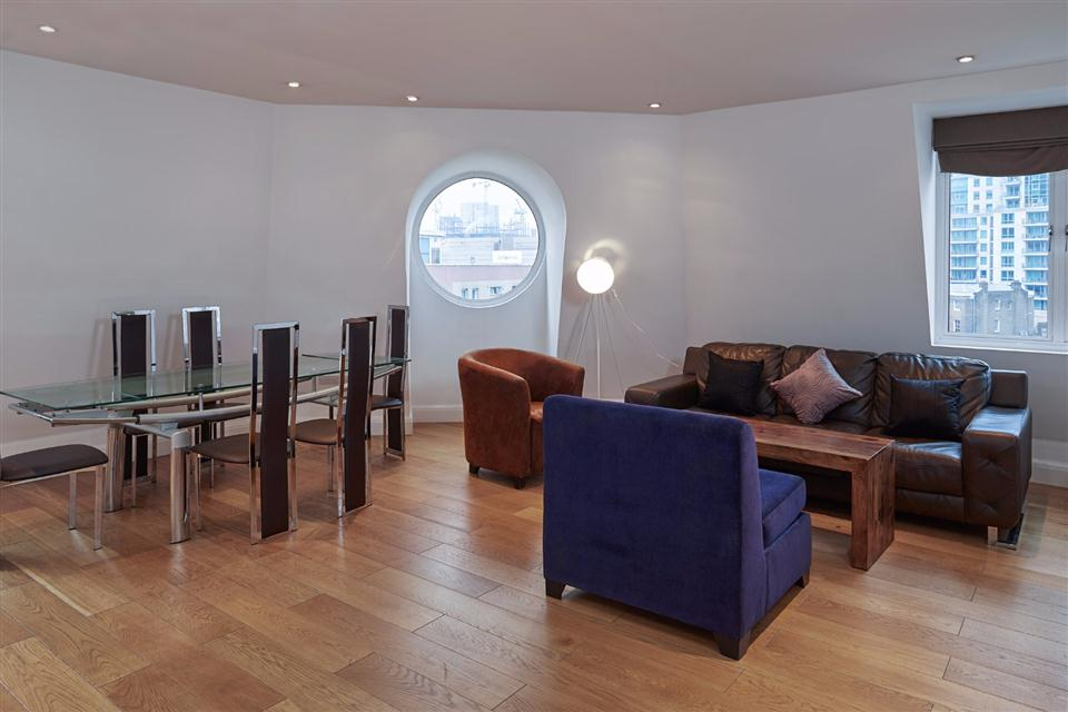 Vauxhall Serviced Apartments Living and Dining Area