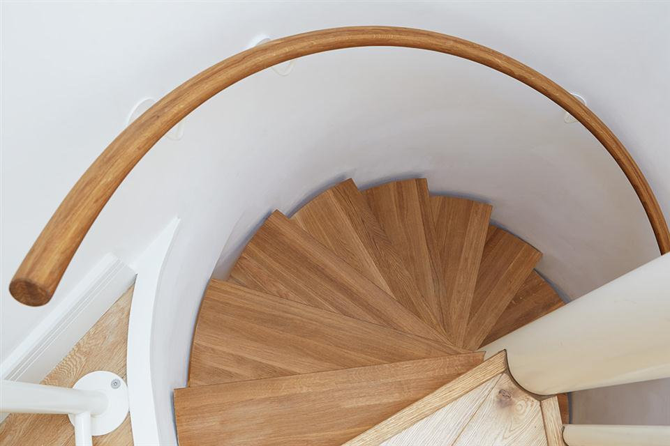 Lambeth North Serviced Apartments Staircase