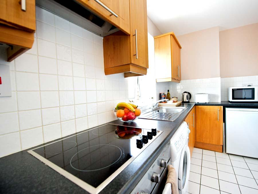 Millennium Walk Apartments - Kitchen