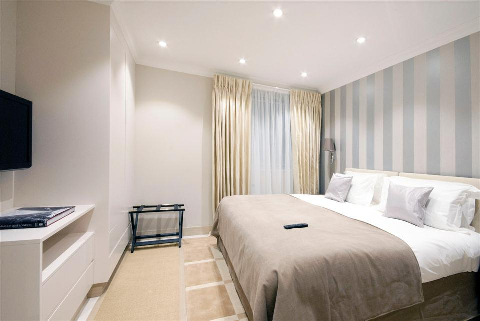Claverley Court One Bedroom Standard Apartment - Bedroom