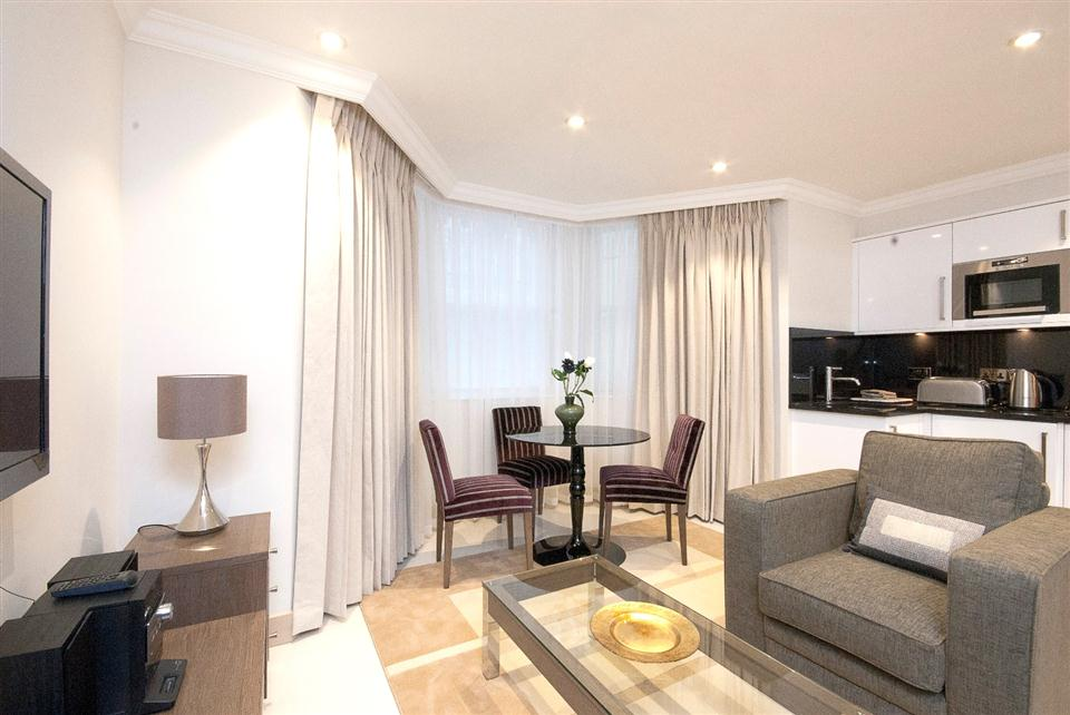 Claverley Court One Bedroom Standard Apartment - Living Room