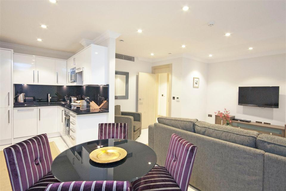 Claverley Court One Bedroom Standard Apartment - Kitchen and Dining Area