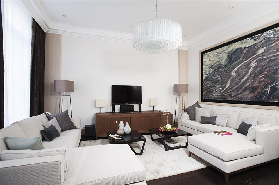 Claverley Court Three Bedroom Knightsbridge Suite - Living Room