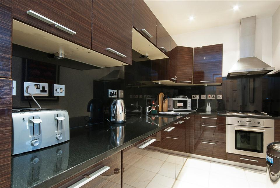20 Hertford Street Two Bedroom Apartment - Kitchen