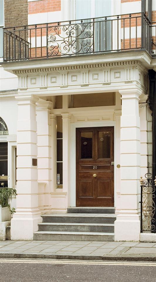 20 Hertford Street - Exterior