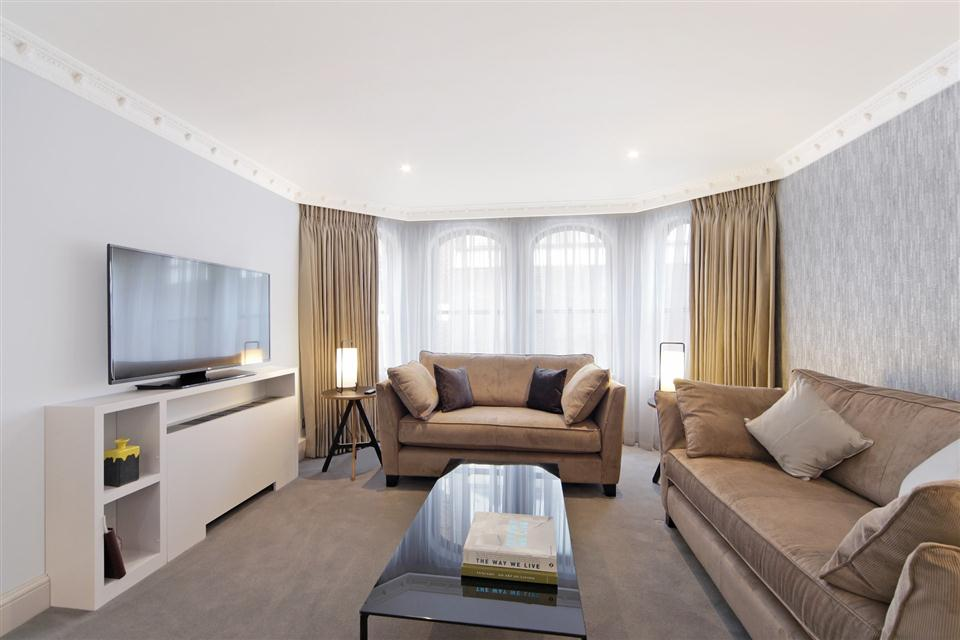 Mayfair House Third Floor Deluxe One Bedroom Apartment - Living Room