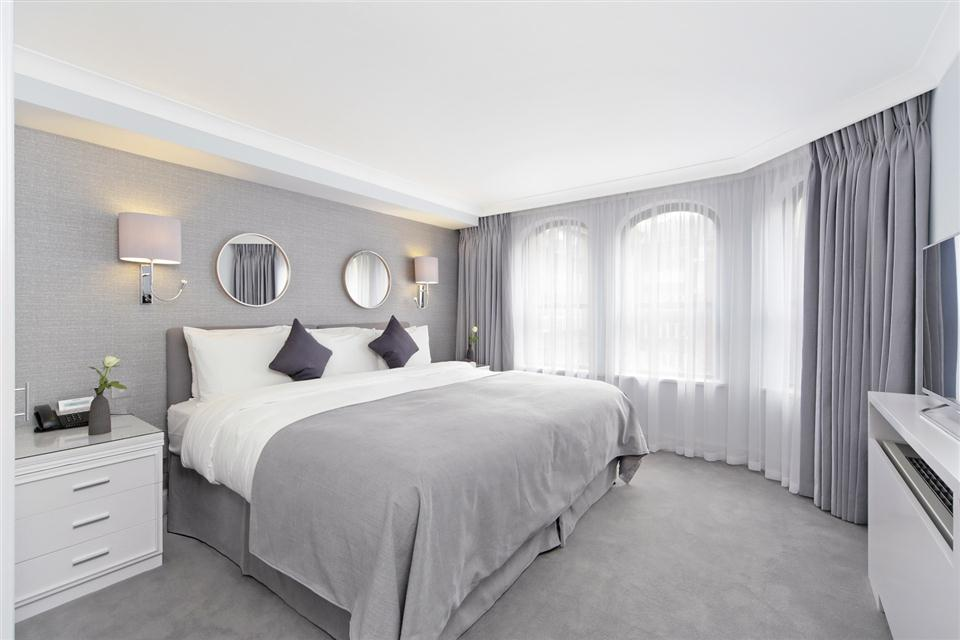 Mayfair House Executive Two Bedroom Apartment - Bedroom