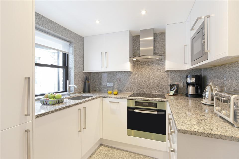 Mayfair House Executive Two Bedroom Apartment - Kitchen