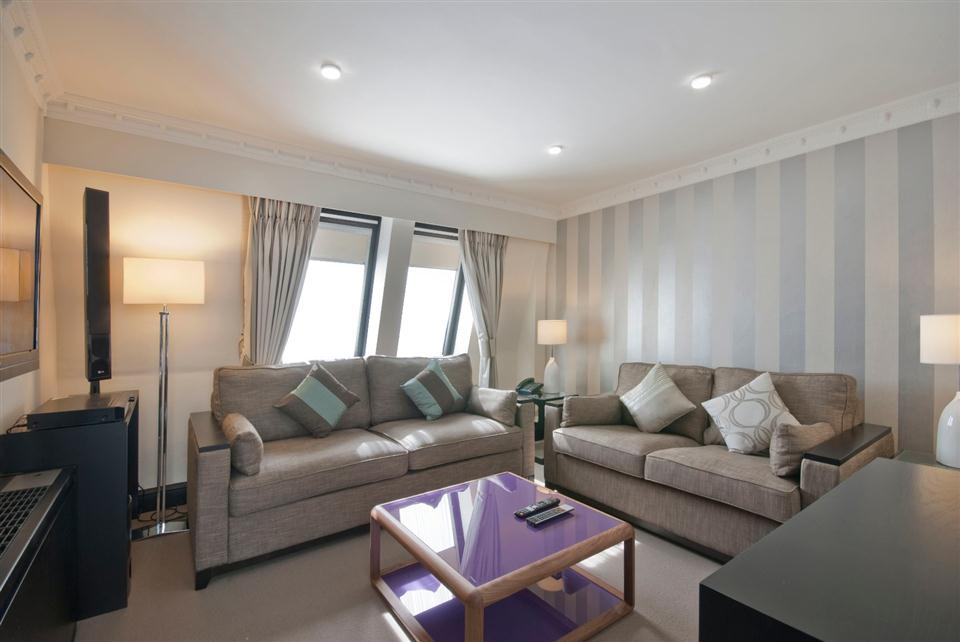 Mayfair House Standard Two Bedroom Apartment - Living Room