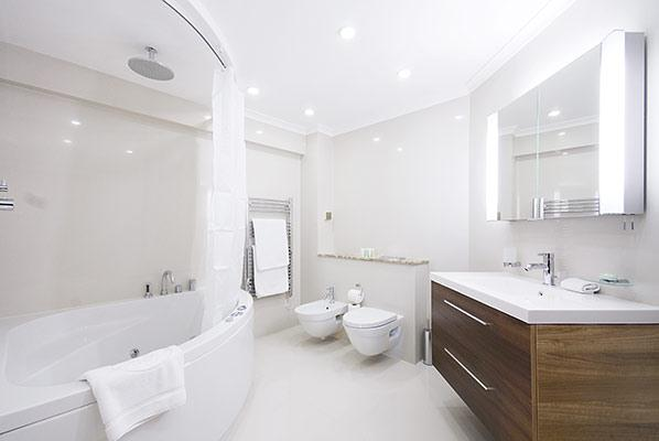 Mayfair House Four Bedroom Apartment - Bathroom