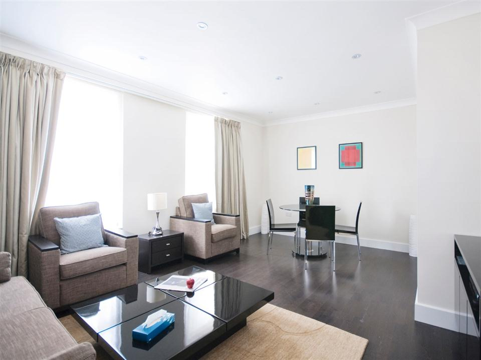 Chilworth Court One Bedroom Standard Apartment - Living Room