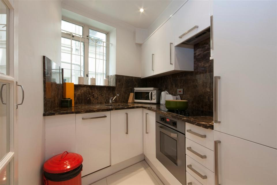 Fountain House Two Bedroom Standard Apartment - Kitchen