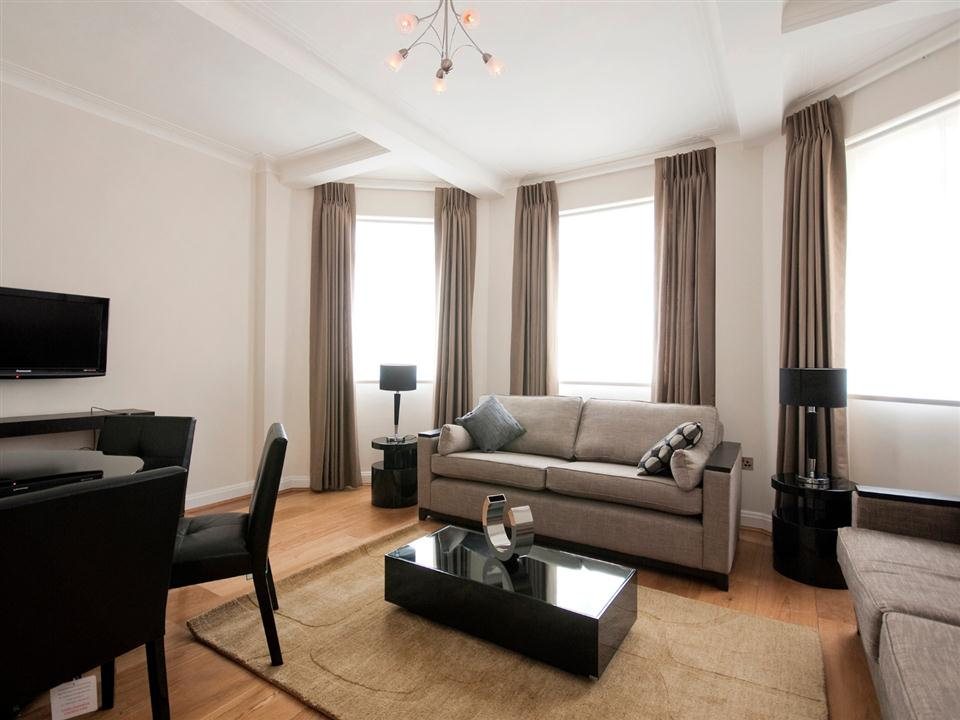 Fountain House Three Bedroom Apartment - Living and Dining Room