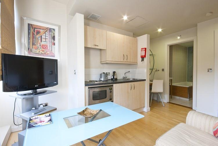 Prince's Square One Bedroom Apartment - Kitchen and Living Room