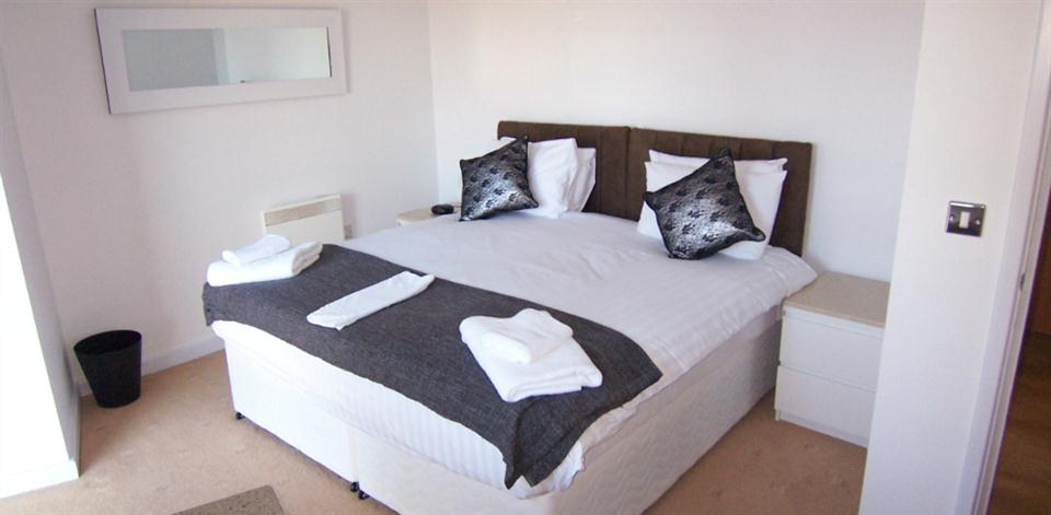 Baltic Quays Apartments - Bedroom