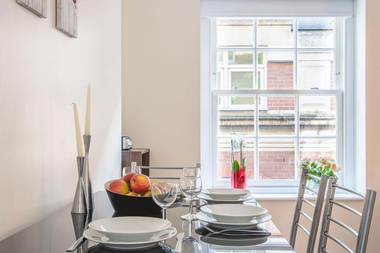 Artillery Lane Serviced Apartments - Dining Room