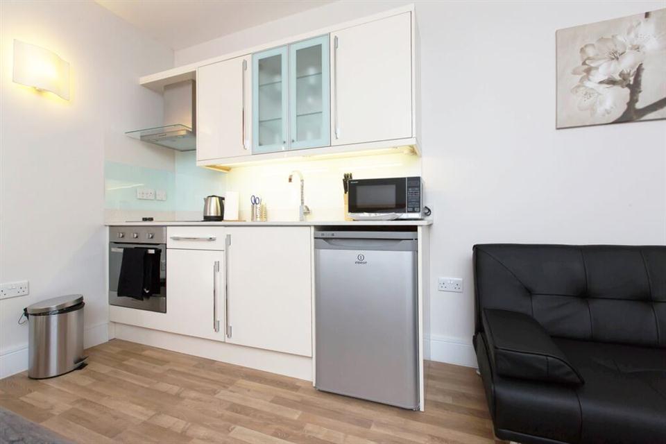 Apple Apartments Kensington Family Studio