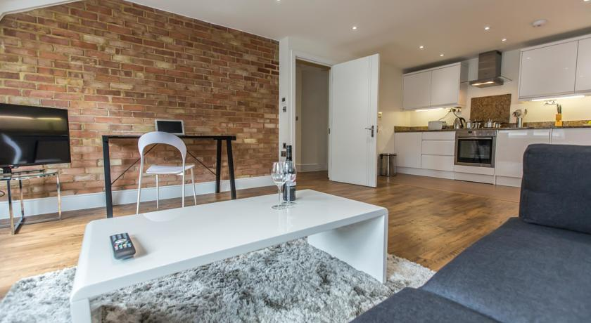 Apple Apartments Limehouse Living Area