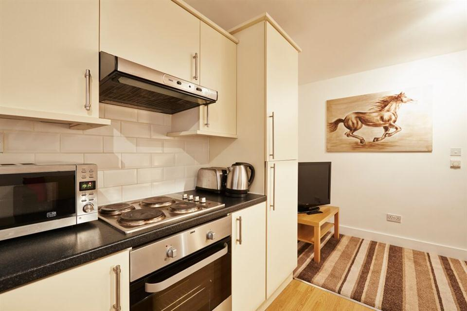 Apple Apartments East London Kitchen