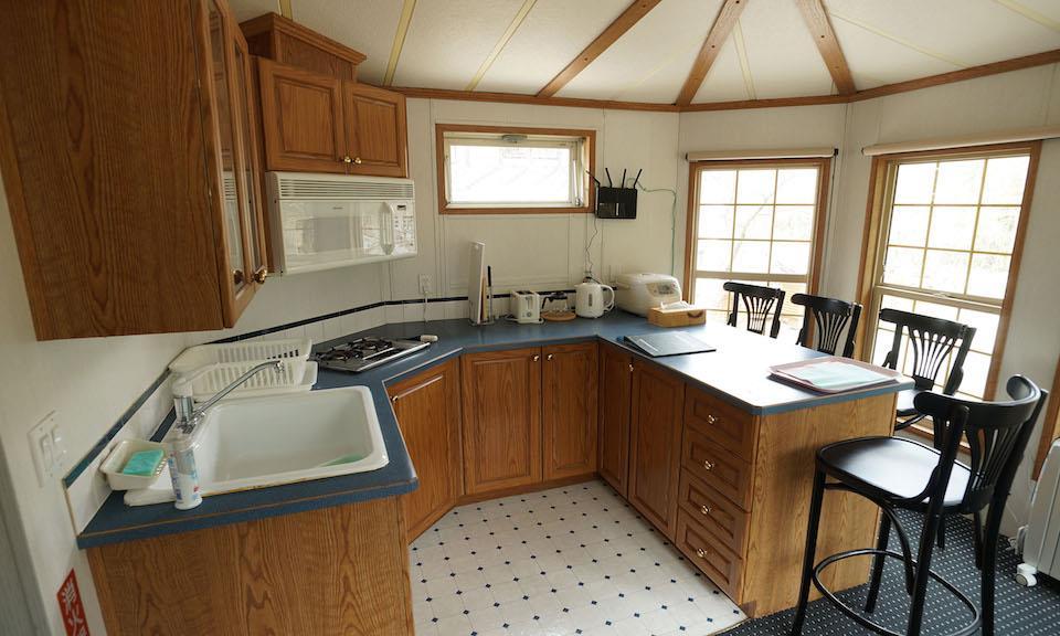 Hakuba Accommodation Canadian Lodge 8 Cabin