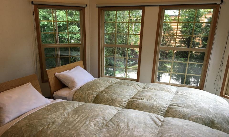 Hakuba Accommodation Canadian Lodge 10 Cabin