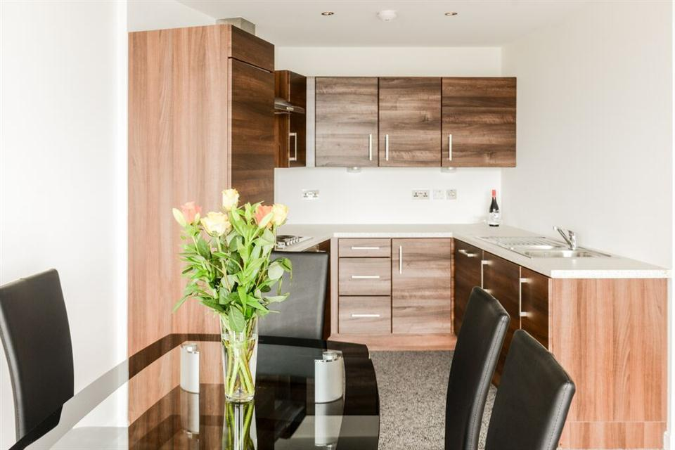Apple Apartments Belfast Kitchen and Dining Area