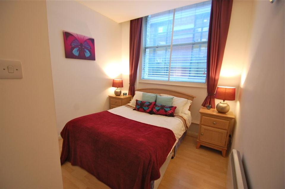 Priory House Apartments Bedroom