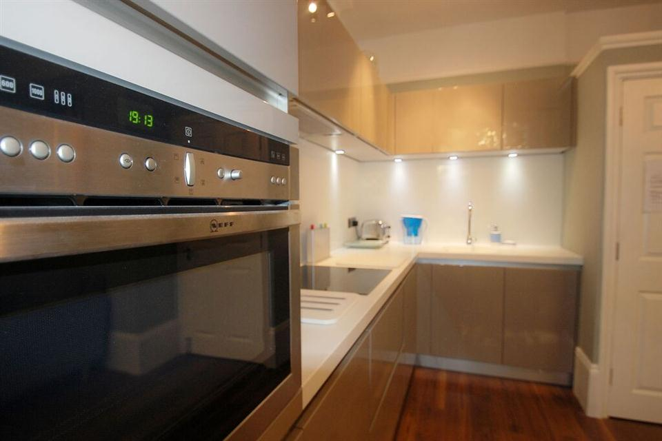 Swinton Apartments Kitchen