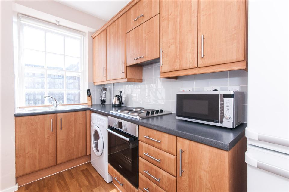 Dolphin Square Short Lets- Kitchen