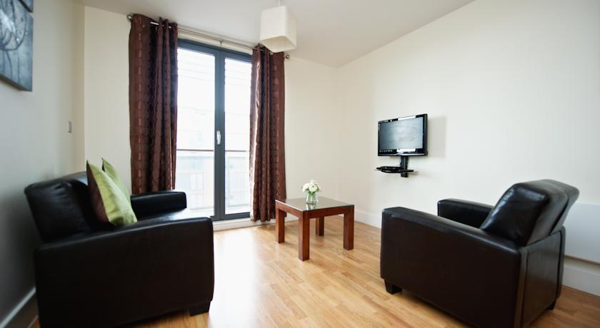 Staycity Birmingham Arcadian Apartments Living Area